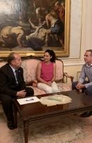 El RCU Escorial-María Cristina y el Ayuntamiento de Las Navas del Marqués firman un acuerdo de colaboración, con descuentos para empadronados